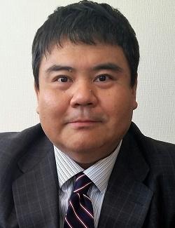 前嶋 和弘